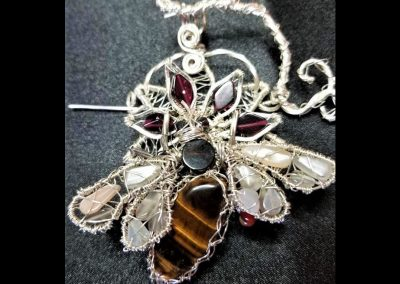 Honey Bee Sterling Silver Tiger Eye Moonstone Black Onyx Hematite Citrine Garnet Pin Pendant Jewelry
