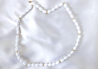 Vintage 1970s White Ceramic Bead Necklace Jewelry Ambrosias Creative Realm