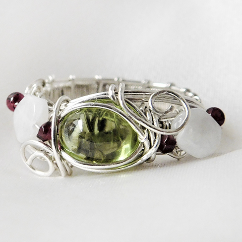 natal-stone-wire-ring