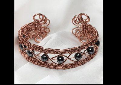 wire-hermatite-bracelet